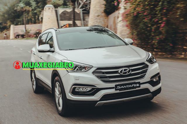Giới thiệu Hyundai SantaFe 2.2L máy dầu phiên bản tiêu chuẩn 2WD ảnh 2