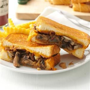 Mushroom & Onion Grilled Cheese Sandwiches ~ source:tasteofhome.com