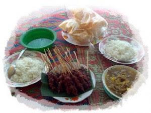 Kuliner Lombok Sate Rembiga Super Nikmat