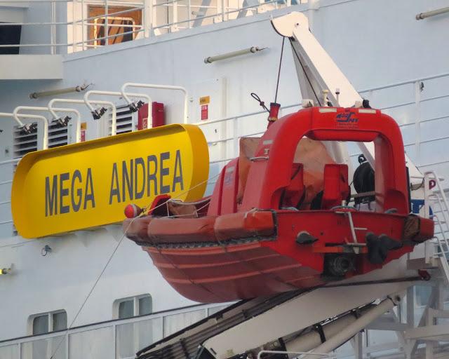 Traghetto Mega Andrea, IMO 8306498, porto di Livorno