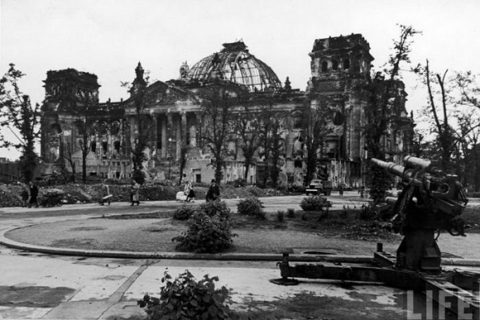 Old Photos Of Berlin After World War Ii Vintage Everyday