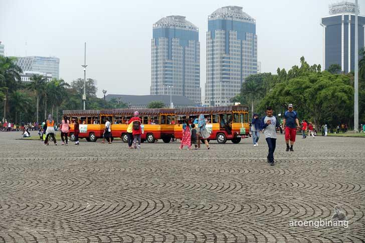 kereta wisata monumen nasional