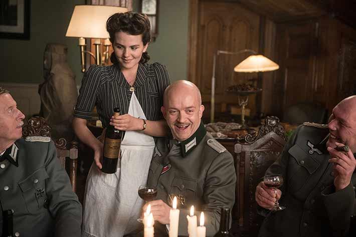 Os Invisíveis: com formato híbrido, o filme de Claus Räfle mostra a história de quatro judeus que se esconderam em Berlim durante o nazismo | Cinema