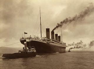 Transatlantyk RMS Titanic u wybrzeży Irlandii