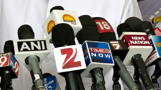 Essay on the Role of Media in a Democracy in Hindi  short essay on    mahatma gandhi    in hindi