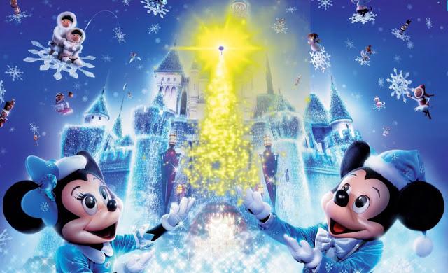 Ο Μίκυ Μάους και η Μίνι ανάβουν Χριστουγεννιάτικο δέντρο στο Άργος