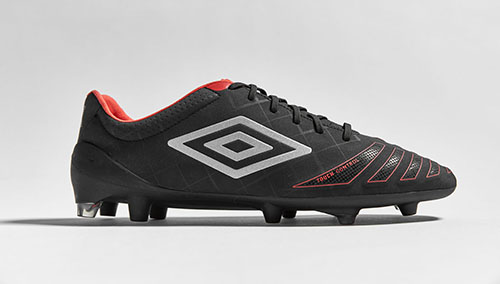 Football-Boots-Umbro-UX-Accuro-1