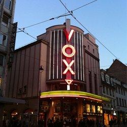 Tiles or studs alternative modular cinema building for Strasbourg cinema
