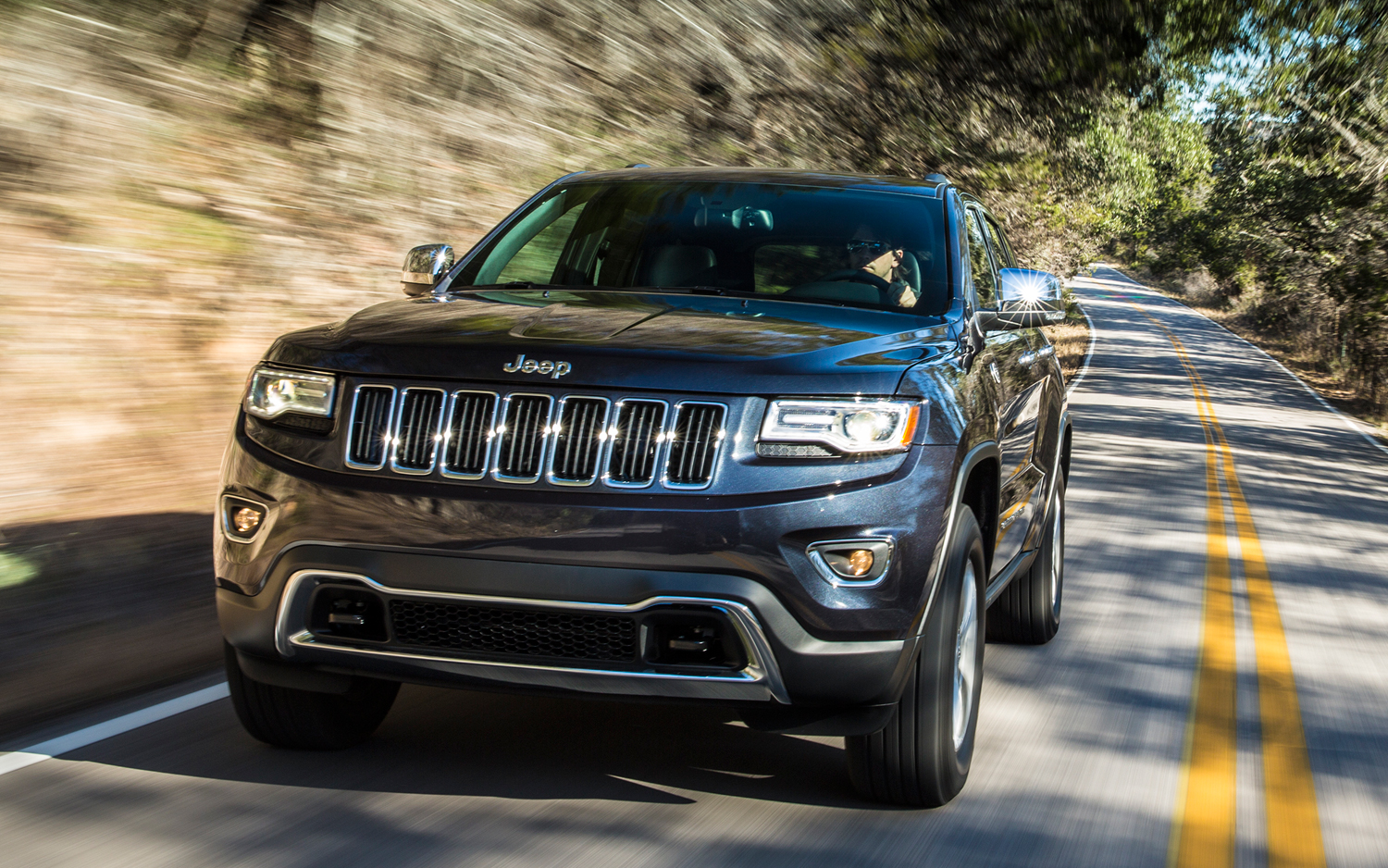 Jeep Grand Cherokee Diesel Front View In Motion on Zf Transmission And Chrysler