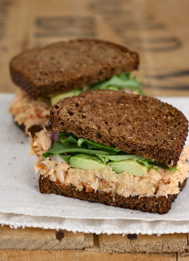 Roasted Salmon Sandwich with Chipotle Mayonnaise recipe by SeasonWithSpice.com