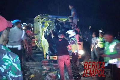 Diduga Rem Blong Terjadi Kecelakaaan Lalulintas Beruntun,  1 Jiwa Melayang Di Bakauheni Lamsel