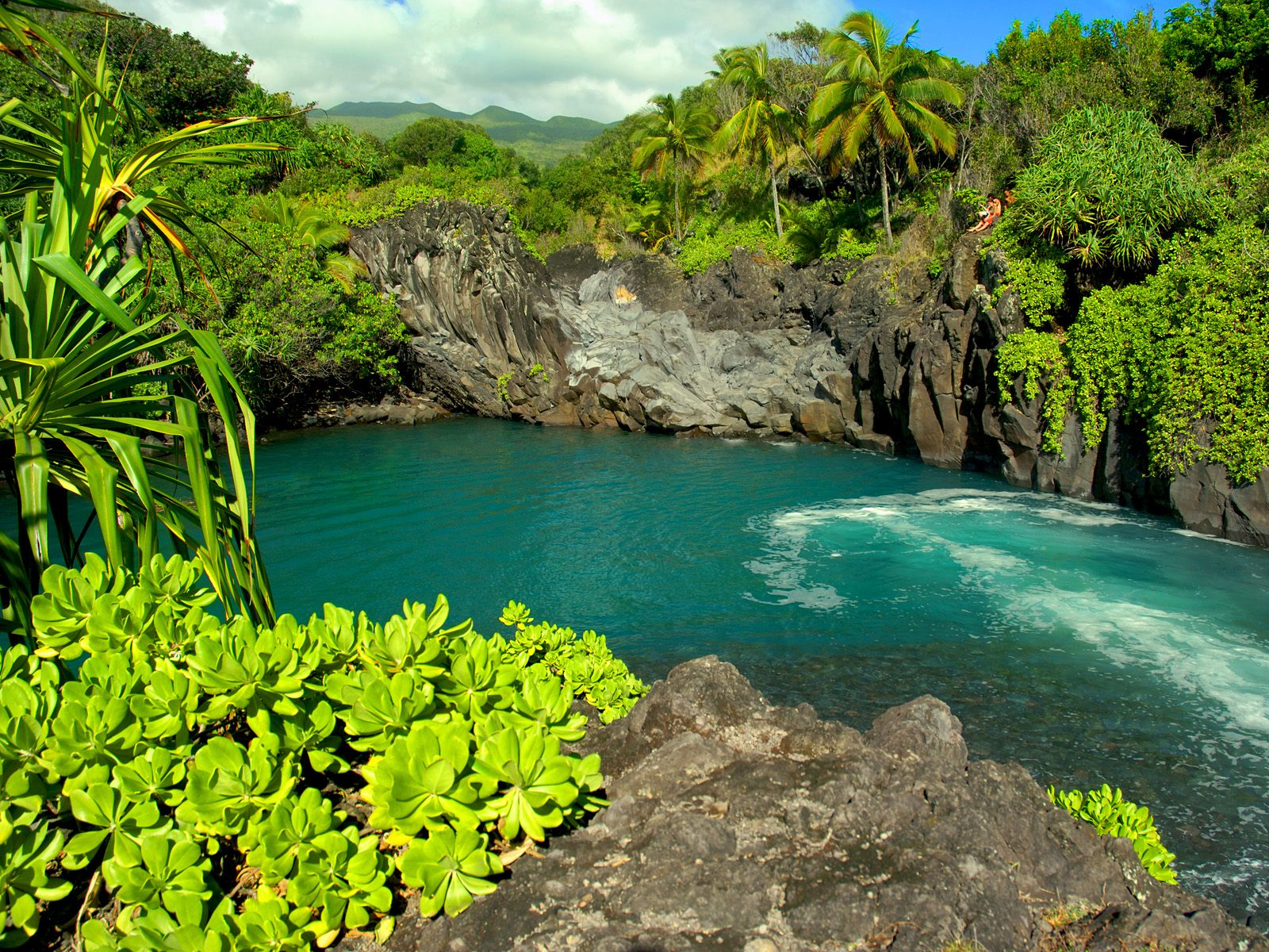 The Island Of Hawaii Also Known As Big Is Largest Hawaiis Main Islands With A Total Area 4028 Square Miles 10432 Sq Km