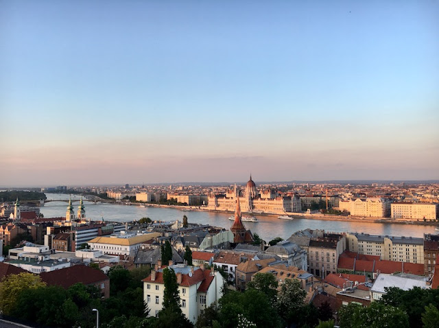 Mini-Guide to Budapest Hungary {Where to Eat, Drink and Shop}