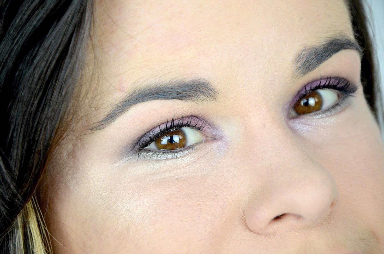 Tutoriel maquillage yeux violet chrysalis palette Kat Von D