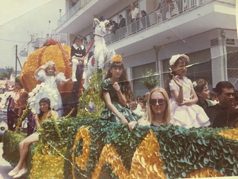 Ανθεστήρια το 1968 επί της 18 Οκτωβρίου μπροστά Στην Νομαρχία