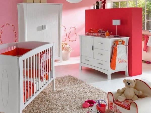 cuarto bebé rosa