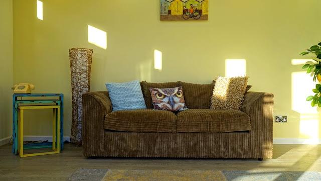 warna segar pada interior rumah
