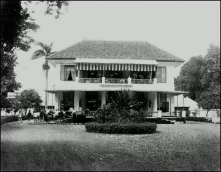 perkembangan hotel di indonesia Indi k ator ekonomi digunakan sebagai pertanda tentang perkembangan pembangunan di rata-rata lama menginap tamu asing dan indonesia pada hotel berbintang di 14.