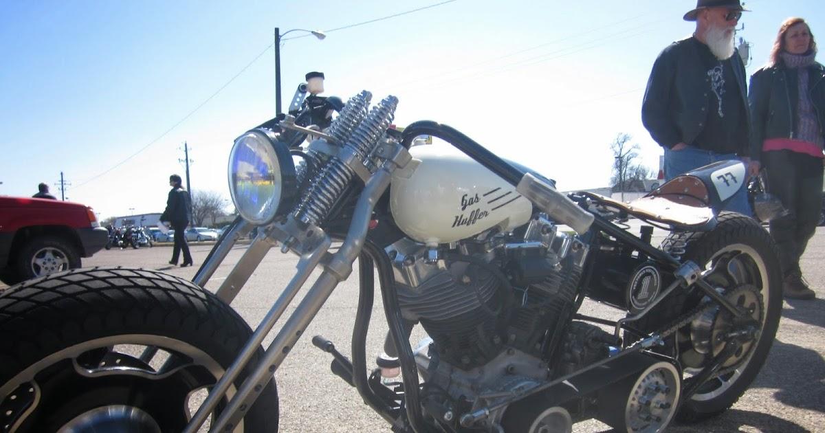 1970 Harley Davidson Evel Knievel Tribute: OldMotoDude: Harley Davidson Bobber Spotted Outside The