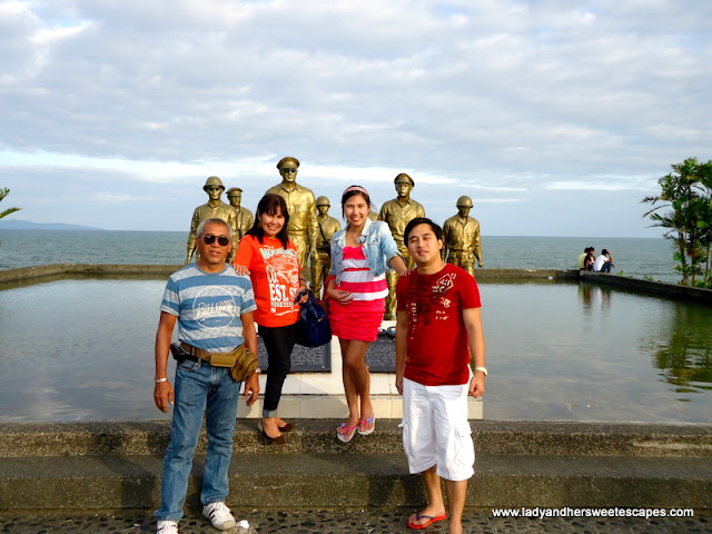 family in MAc Arthur Park in Leyte Tour