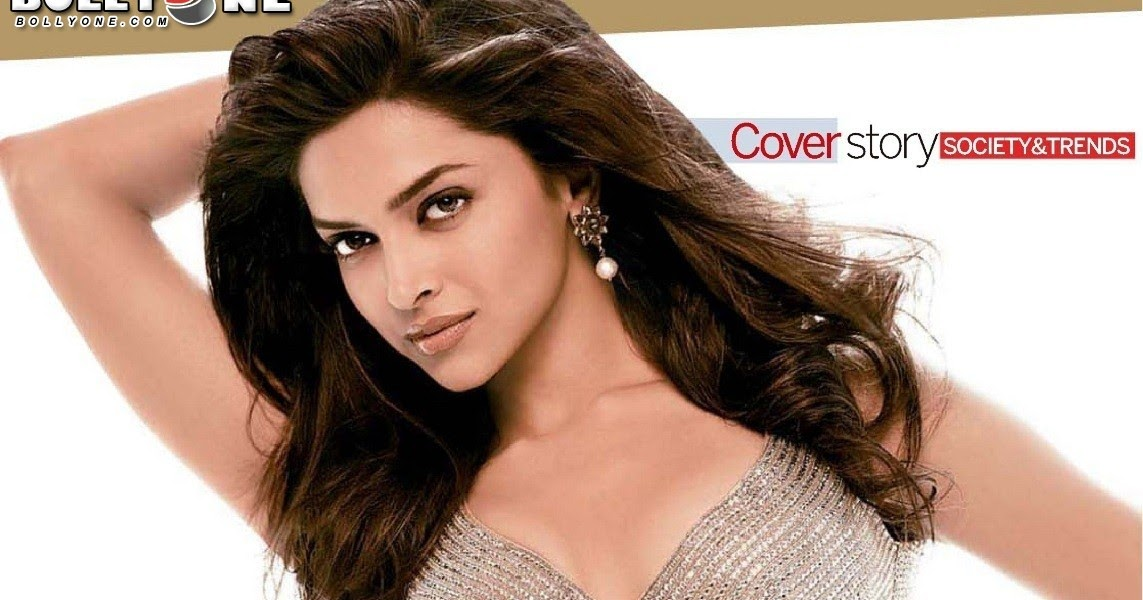 New And Hot Pics Of Priyanka And Deepika: Sexy Navel Of