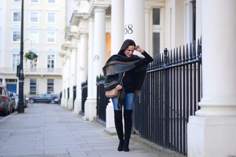 black-boots-outfit-london-street-style