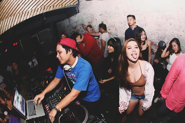 Filipina Clubbing Sex 82