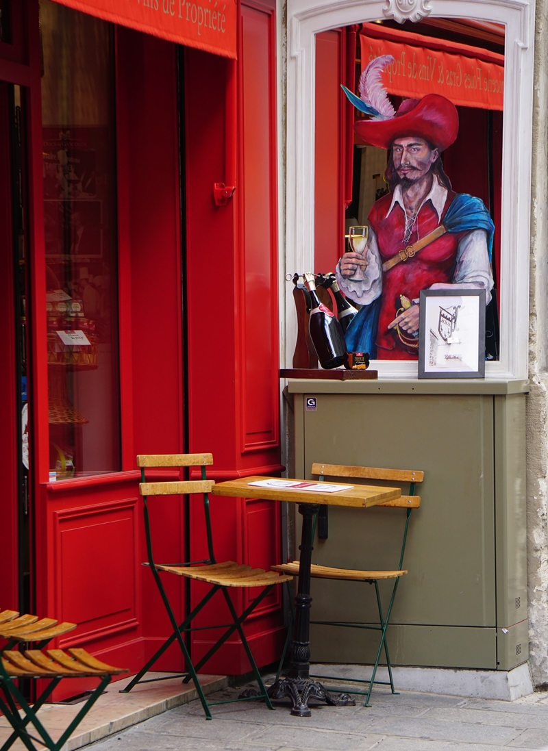 Paris_outdoor_cafe