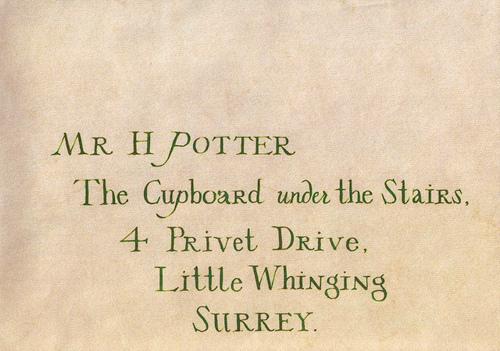 Harry-s-Letter-From-Hogwarts-harry-james-potter.jpg