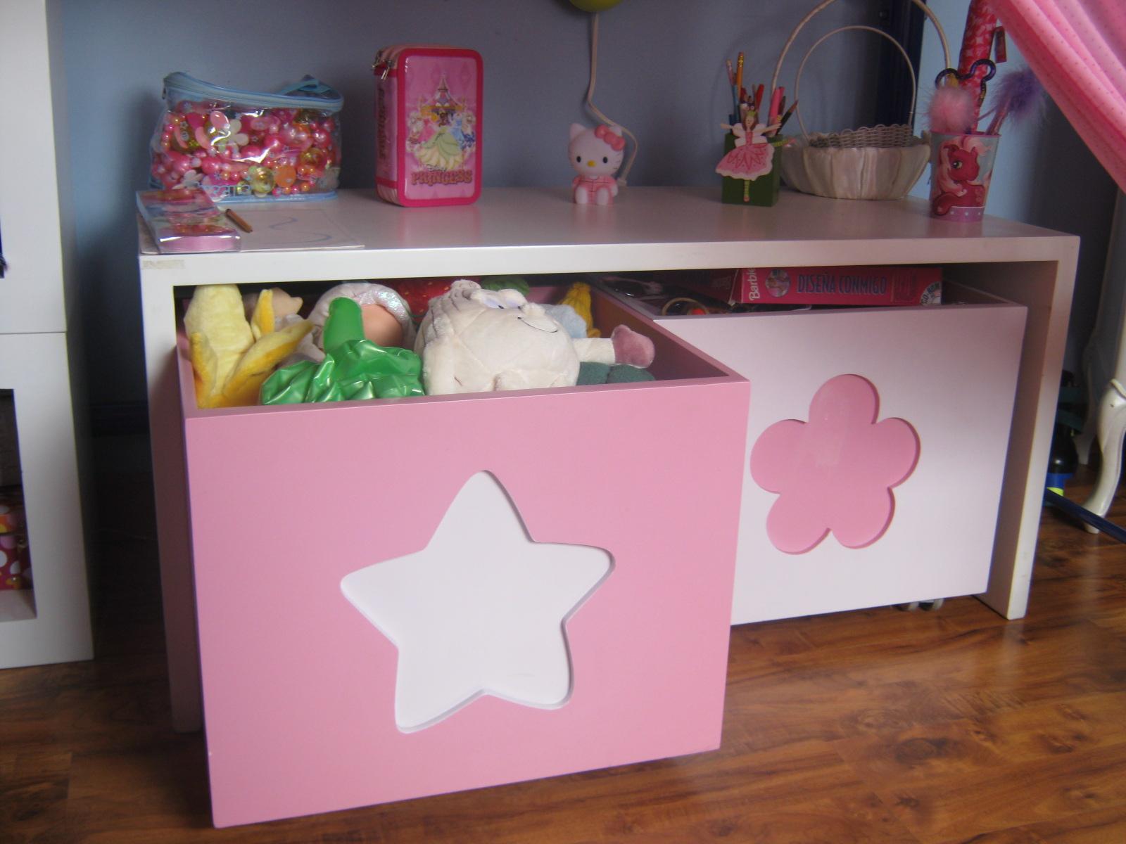 Handy mom nueva habitaci n para sofia - Cajones guarda juguetes ...