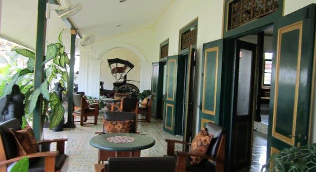 Hotel Ndalem Gamelan