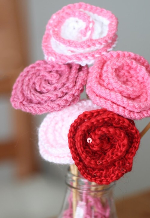 How to Knit Rose Flower - Pattern with Video Tutorial