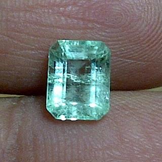 Batu Permata Emerald Zamrud Colombia - ZP  877
