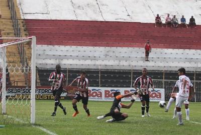Lusa vence a primeira em busca da 1ª divisão Paulista