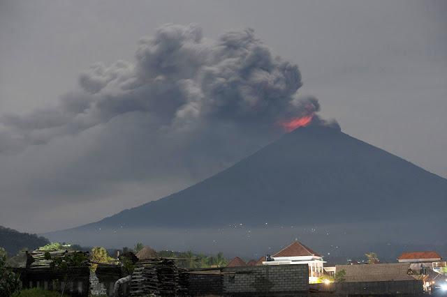 Erupsi Gunung Agung, 7 Wilayah Terpapar Hujan Abu Vulkanik