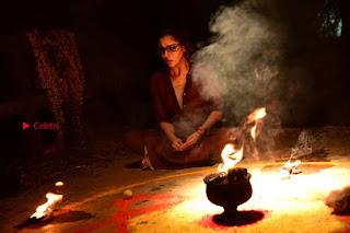 Actress Nayanthara Pos in Dora Movie  0009.JPG