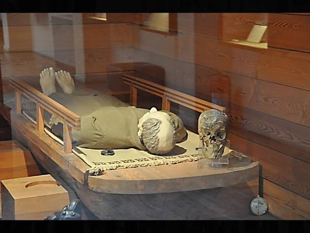 imagina65: LA ZONA HISTÓRICA : La tumba del Rey Midas
