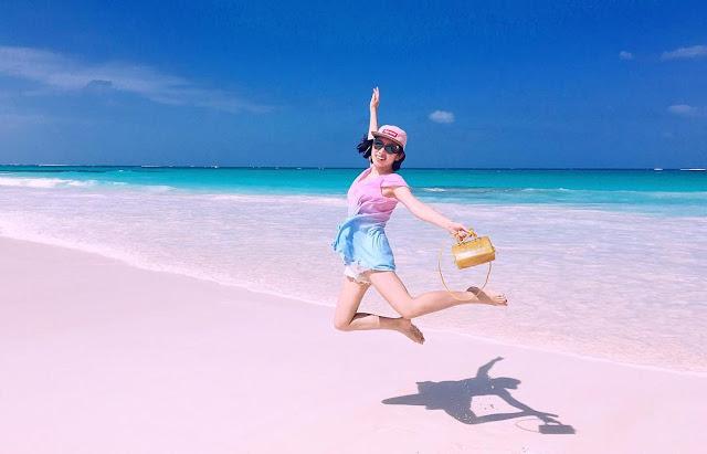 foto pink beach di lombok NTB