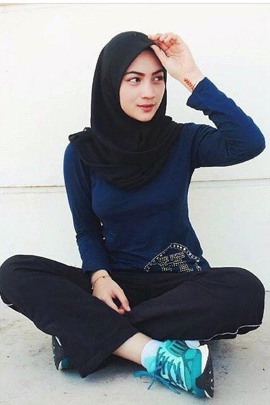 jilbab e style terbaru cewek manis dan seksi