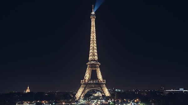 Eiffel Tower looks WOW at Night