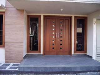 model pintu minimalis dari kayu www.rumah-hook.com