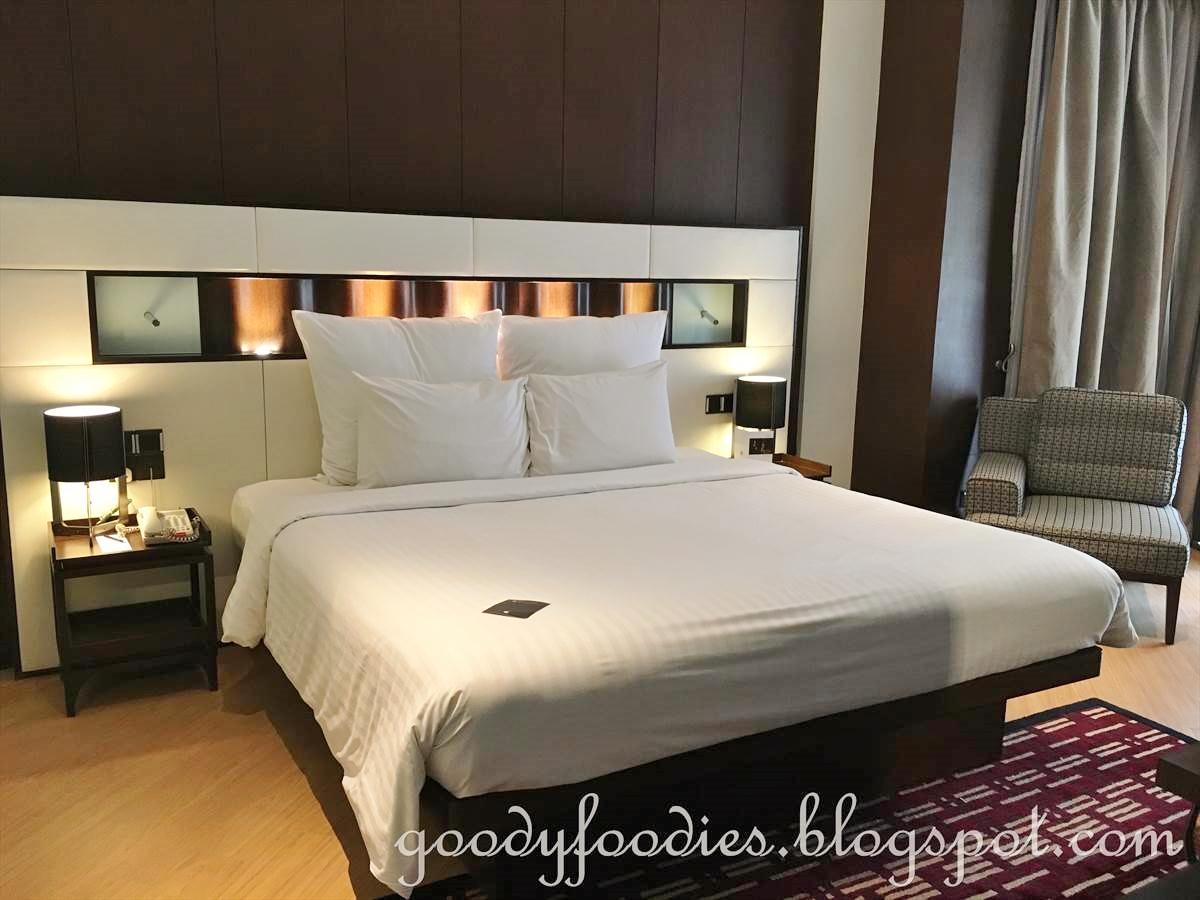 GoodyFoodies: Hotel Review: Pullman Putrajaya Lakeside (One ...