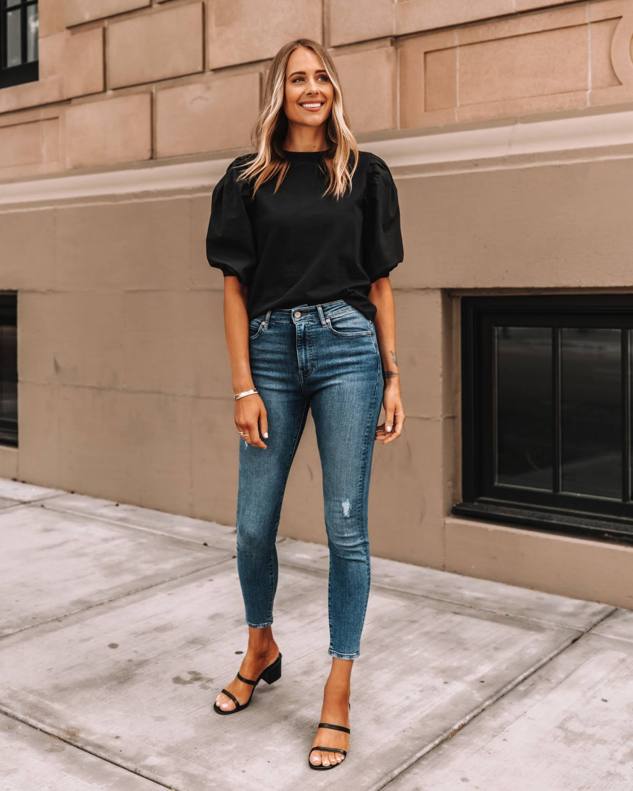 Le Fashion: A Stylish Way to Wear Skinny Jeans Right Now