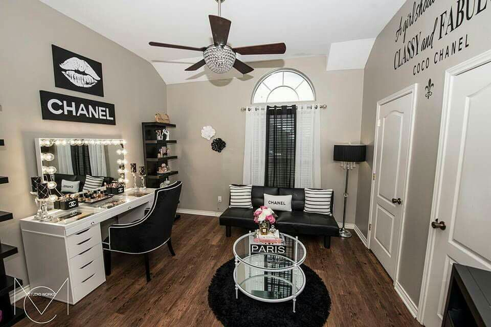best 50 makeup room designs ideas tables and organization tips 2019