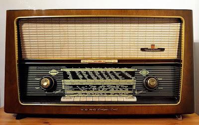 Bagian bagian Radio FM