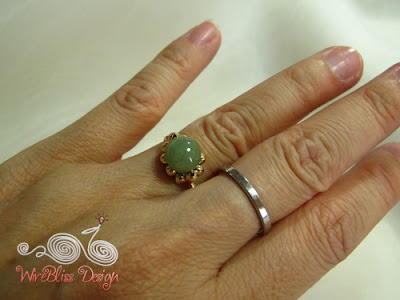 Wire wrapped jade rings-Daisy Ring around finger