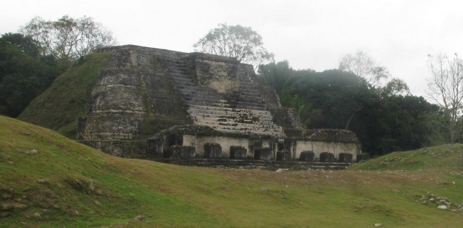 mayan sacrifice temple - HD1600×789