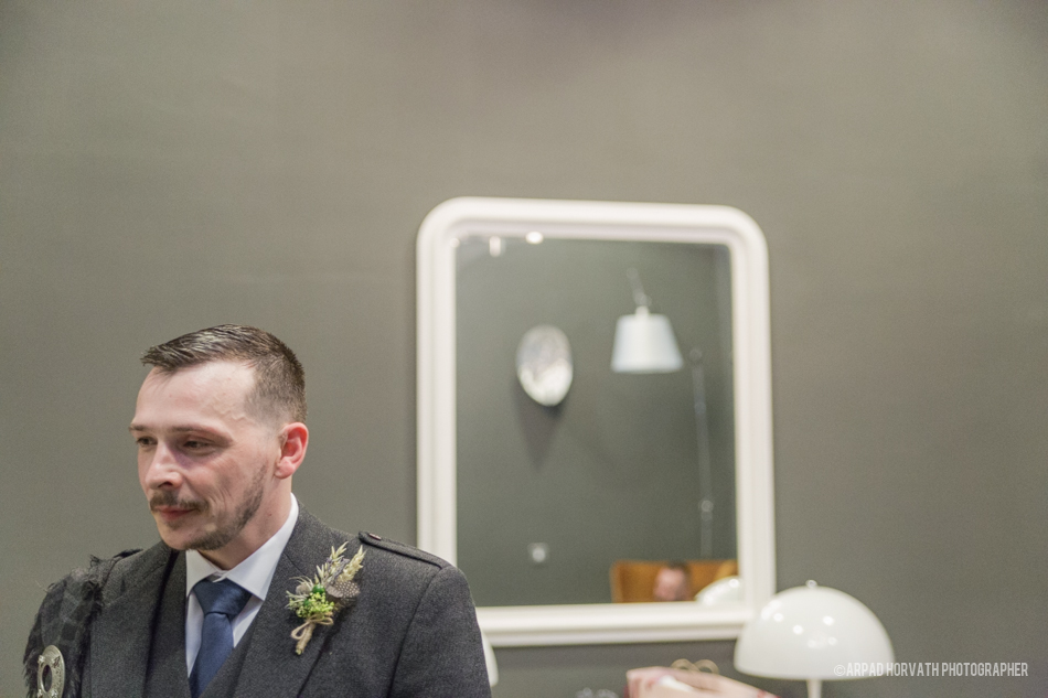 Professional Low Cost Doentary Style Wedding Photography Service Glasgow And Edinburgh