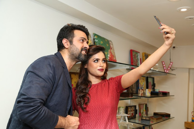 Bollywood Actor Harman Baweja Launches VR franchise Store at Banjara Hills