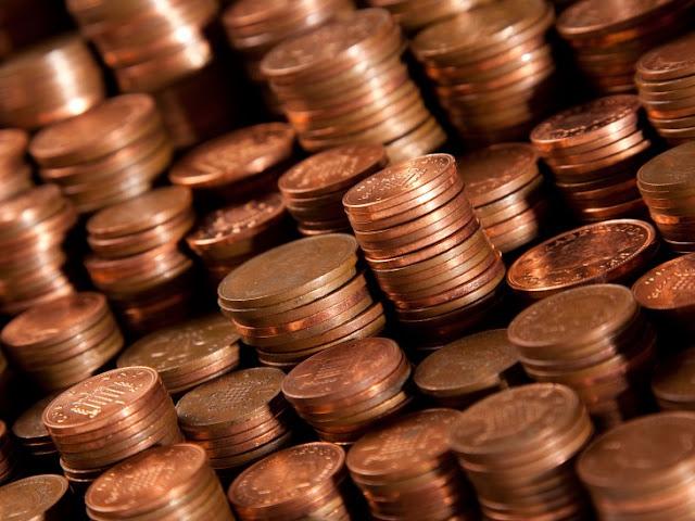 Se acerca a pagar todos sus impuestos con monedas de 1 centavo